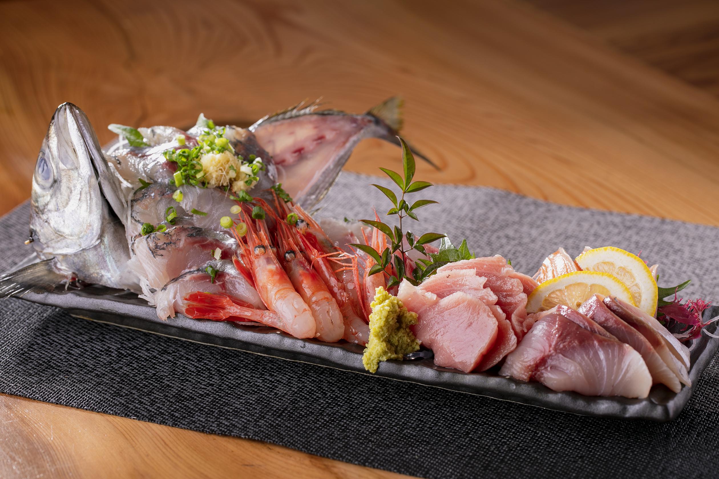 新鮮な海鮮料理を提供しています